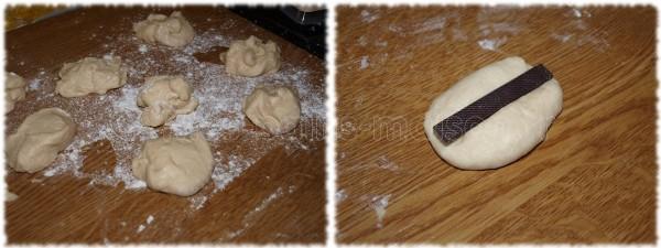 Couper des pâtons d'environ 50gr. Les aplatir et y placer la barre de chocolat au centre.